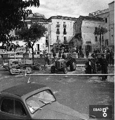 I Fiera Campionaria (1955)  - Sullo sfondo resti della Porta di San Caterina distrutta dai bombardamenti
