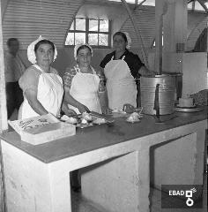 Cuoche in cucina