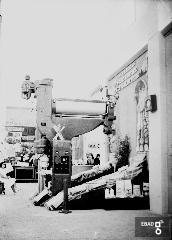 """Ingresso litografia Rinaldo. [In esposizione prodotti e macchinari """"RINALDO"""" Molino e Pastificio Casa fondata nel  1868. Su indicazione di Anna De Falco]"""