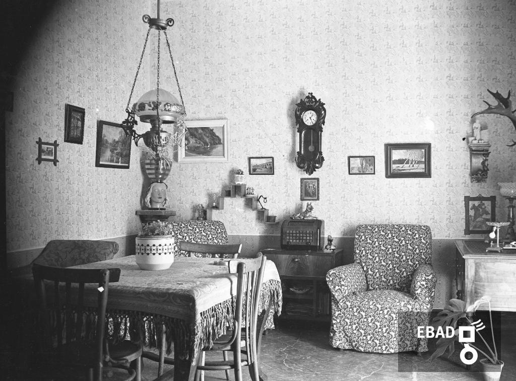 Archivio Fotografico:scheda N.15408 Interno Di Una Casa Colonica, Anni U002750